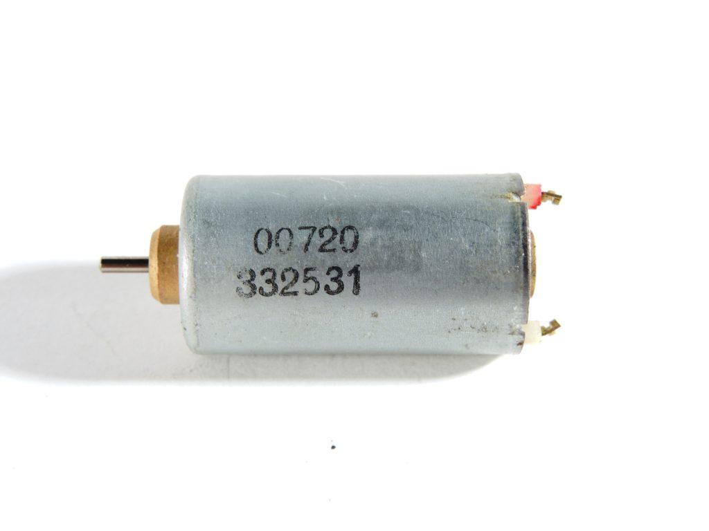 Motore 3/4,5V H 37,80mm D 16,00mm