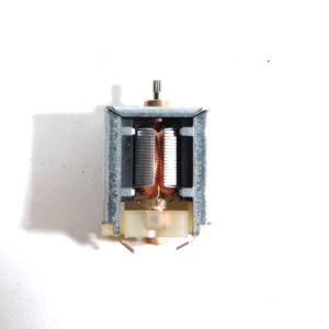Motore 3/4,5V H 28,50mm L1 18,10mm L2 9,50mm
