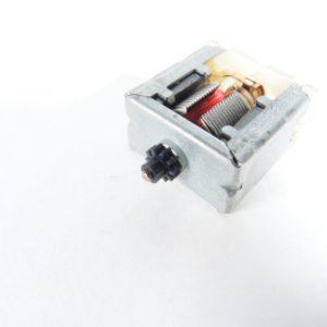 Motore 3/4,5V H 25,55mm L1 18,00mm L2 9,60mm