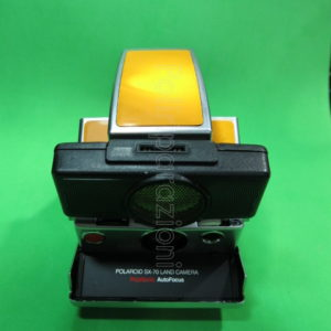 POLAROID SX-70 LAND CAMERA POLASONIC AUTOFOCUS ARANCIONE